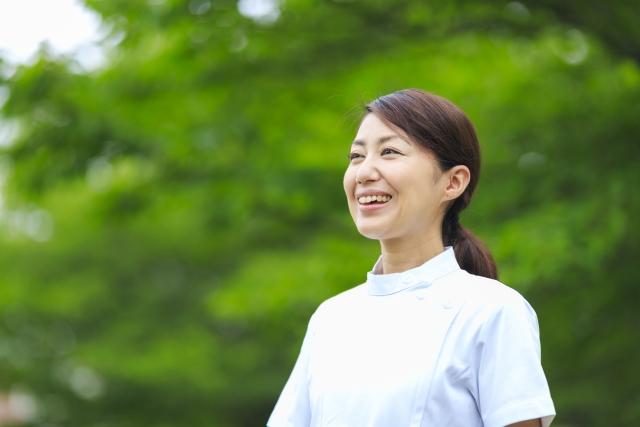 子供が小さい看護師の仕事選びが重要!看護師の現場復帰から転職まで働きやすさを重視